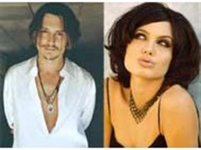 Jolie ve Depp zirvede!
